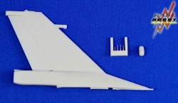 F-16A/B MLU Vertical Tail Set (Kinetic)