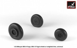 Mikoyan MiG-9 Fargo / MiG-15 Fagot (early) wheels w/ weighted tires