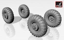 BRDM-2 main wheels