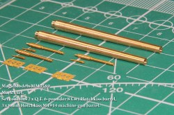 Mark I set. Set contains 2 x Q.F. 6-pounder 8 Cwt Hotchkiss barrel, 3 x 8 mm Hotchkiss M1914 machine