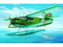 Antonov An-2M Colt floats