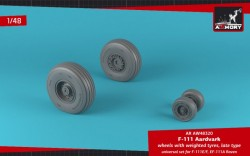 F-111 Aardvark late type wheels w/ weighted tires
