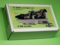F-4 C Phantom cockpit set (Academy kit)