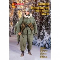 WWII German Paratroopers (Winter Uniform)