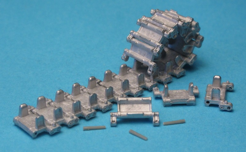 Tracks and Drive Sprockets for BMP-1