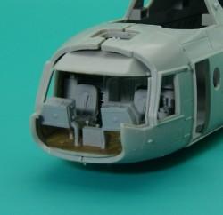 Mi-8/17/14 cockpit interior and cockpit bulkhead