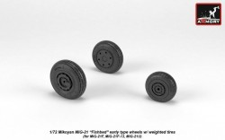 Mikoyan MiG-21 Fishbed early type wheels w/ weighted tires